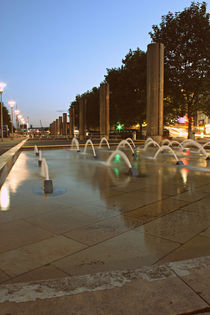 Bristol City Centre Fountains by Dan Davidson