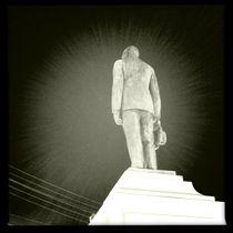 Spotlight Statue by Jenny Allport