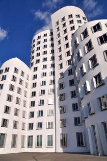 Neuer Zollhof Düsseldorf by Markus Strecker