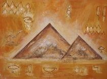 Pyramiden von Elke Sommer