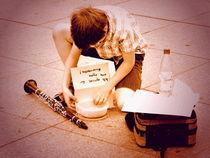 Kleiner Straßenmusikant von Heidrun Carola Herrmann