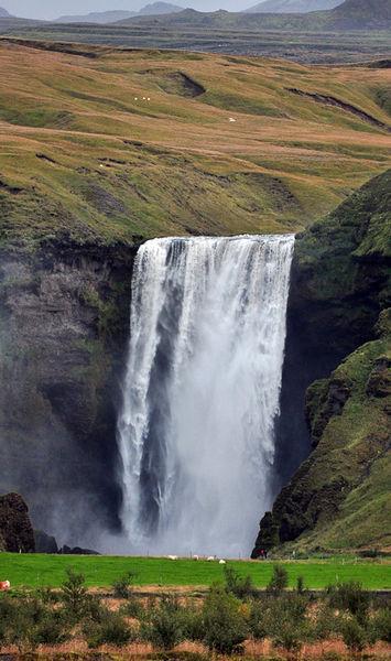 D-02229-e1-skogafoss-waterfall