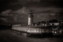 Ramsagte lighthouse by ian hufton