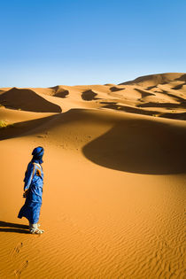 Berber man in the Sahara by Russell Bevan Photography