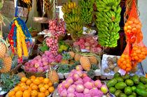 Obst und Gemüse an einem Stand von Gina Koch