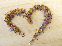 Herz aus Blüten-Zucker by Heike Rau