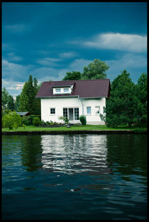 The House on the River, Berlin von Viktoria Morgenstern