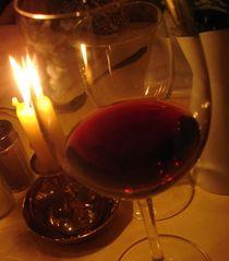 Weiser Wein von Kira Homola