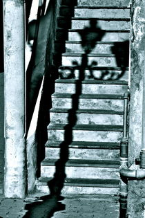 Shadow on the stairs von Benoît Charon