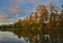 Autum colours of Loch Neaton in Watton  von Mark Bunning