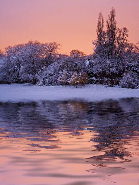 Snow-scene-reflection3