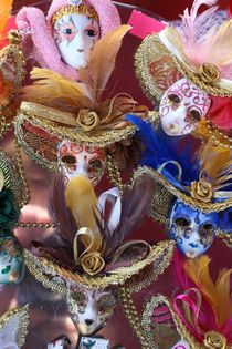 Miniature Venetian Masks von Sean Foreman