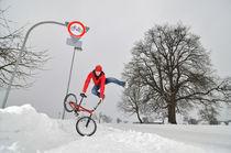 BMX Flatland im Schnee im Winter von Matthias Hauser