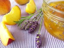 Pfirsichkonfitüre mit Lavendel von Heike Rau