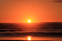 Sun-Ocean-Orange by Gitta Wick