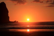 Sunset Piha by Gitta Wick