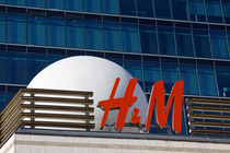 H&M by Thomas Schulz