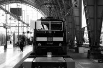 Frankfurt Hauptbahnhof by Bastian  Kienitz