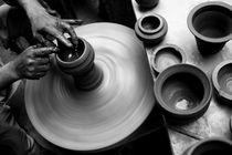 a potter's hand.. von astha