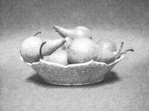 Pears In Bowl  von Frank Wilson