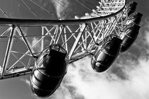 Bw-2-london-eye-hi