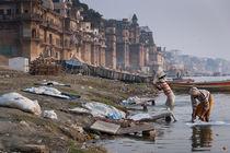 Ganga laundry workers von Daniel Dostalik