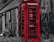 Red Telephone Box in the Scottish Highlands von braveheartimages