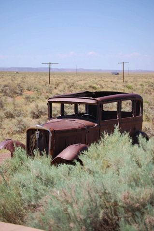 Abandonded-in-the-desert