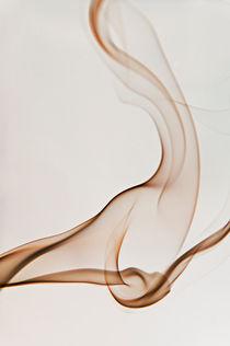Shape in white von Maria Livia Chiorean