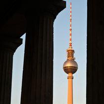 Fernsehturm - Neue Nationalgalerie - Berlin Mitte von captainsilva
