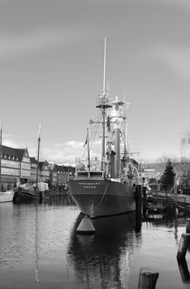 Leuchtschiff - lightship by ropo13