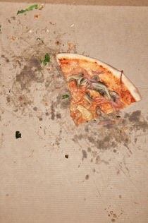Pizza by Lars Hallstrom