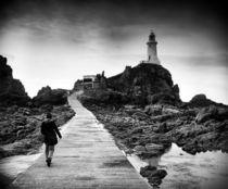 The walk to Corbiere lighthouse von Paul Davis