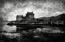 Eilean Donan castle in Scotland BW von RicardMN Photography
