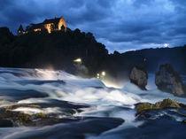 Nacht am Rheinfall von Ralf Nentwig