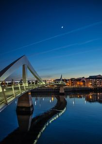 The Squiggly Bridge over the River Clyde von braveheartimages