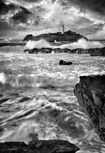 Waves at Godrevy von Paul Davis