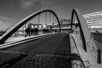 Bridge-to-the-docks
