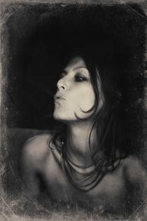C'est moi by Laura Benavides Lara