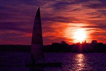 Sonnenuntergang mit Segelboot by aidao