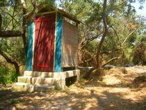 La cabane au fond du jardin by factory-3