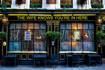 The wife Knows Pub von David Pyatt