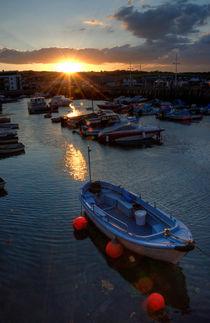 Sunset at West Bay  von Rob Hawkins
