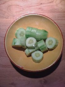 Cucumber Salad #06 von Vasilis van Gemert