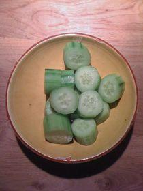 Cucumber Salad #07 von Vasilis van Gemert