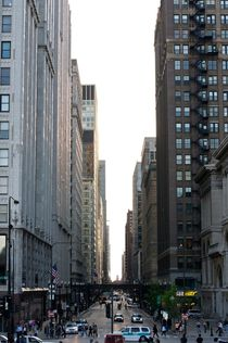 Downtown Chicago by Ernesto Arias