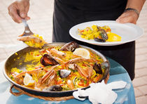 Seafood paella by Victoria Savostianova