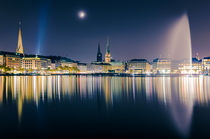 Hamburg Alster at night von Michael Abid