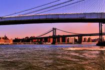 NY BRIDGES OVER EAST RIVER von Maks Erlikh