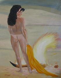 Frauenakt - vor dem Feuer von Helmut Hackl
